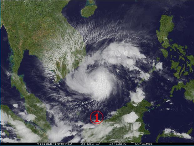 <br><FONT color=#00003>บ่ายวันอาทิตย์ 24 ธ.ค.2560 ไต้ฝุ่นเทมบินฟาดงวงฟาดงา อยู่เหนือหมู่เกาะสแปร็ตลีย์ มุ่งหน้าเข้าถึงอ่าวไทยใน 24 ชั่วโมง ก่อนจะอ่อนแรงลงเป็นพายุโซนร้อน. </b>