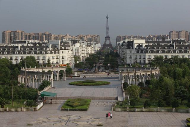 ความฝันจีน : ยุทธศาสตร์แก้จนเมืองเสน่ห์ สุ่มเสี่ยงซ้ำรอยเมืองร้าง