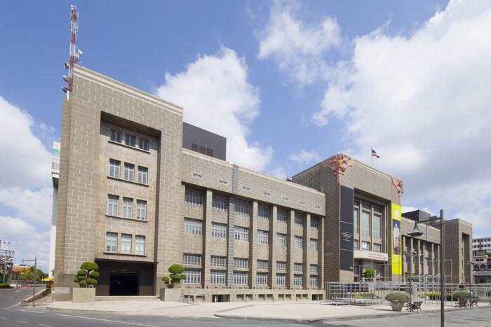 """ศูนย์สร้างสรรค์งานออกแบบ กรุงเทพ"""" (TCDC กรุงเทพฯ) อาคารไปรษณีย์กลาง ถนนเจริญกรุง"""