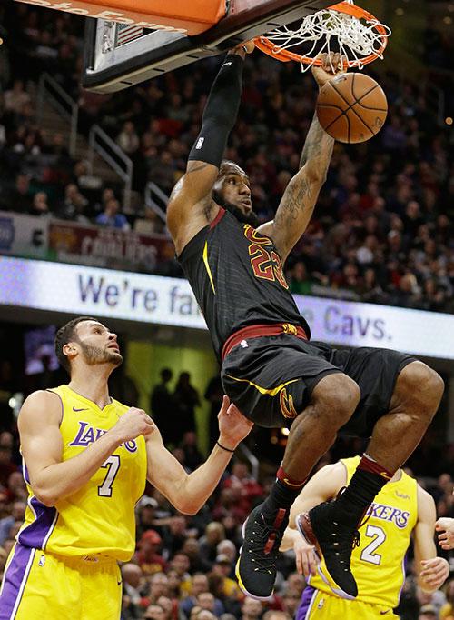 เลบรอน เจมส์ ซูเปอร์สตาร์แห่ง NBA