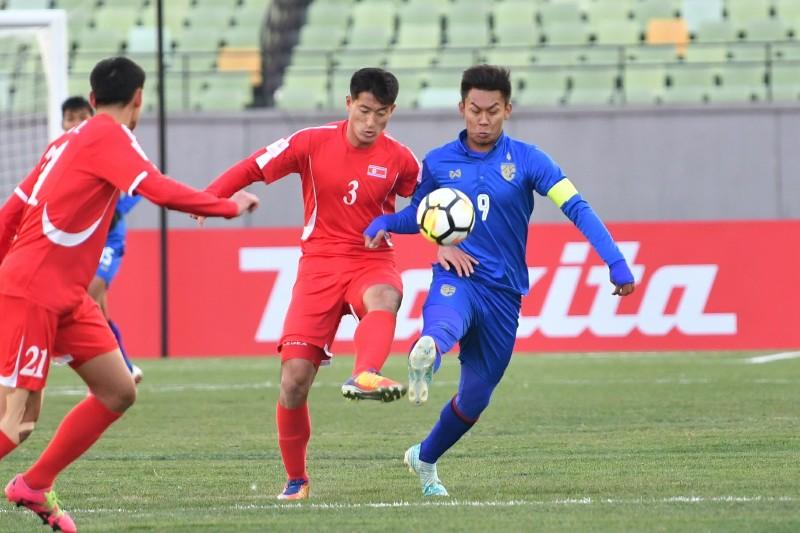 """เกาหลีเหนือ ซัด 2 นาทีแรก """"ช้างศึก"""" ประเดิมพ่ายศึกเอเชีย"""