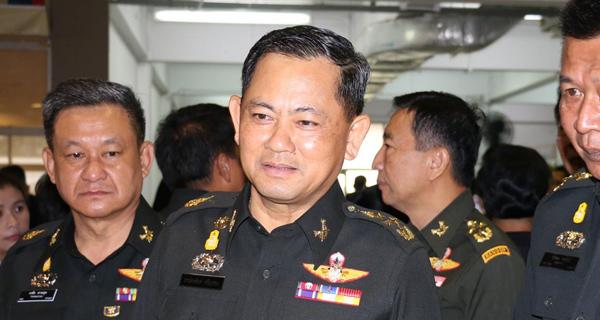 พล.อ.ธารไชยยันต์ ศรีสุวรรณ ผู้บัญชาการทหารสูงสุด (แฟ้มภาพ)