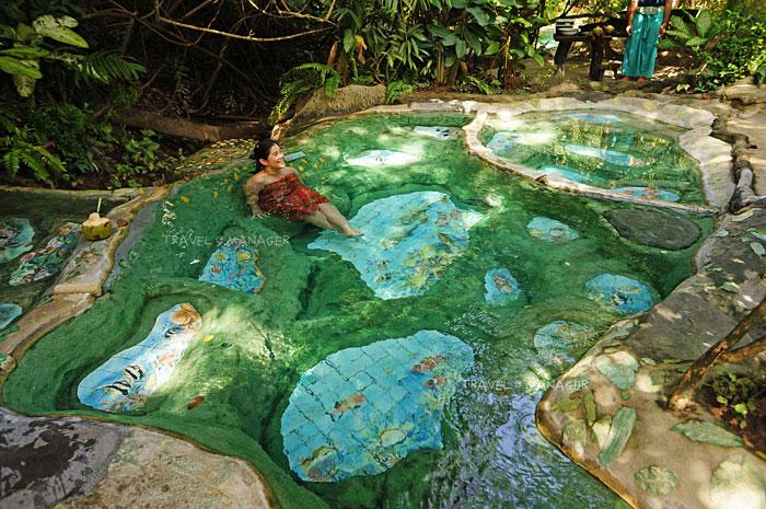 """""""วารีรัก"""" แช่น้ำแร่สุดผ่อนคลาย พักสบายท่ามกลางธรรมชาติ"""