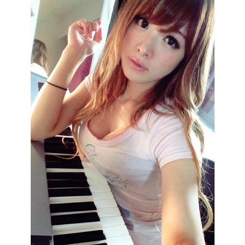 นักเปียโนสายอึ๋ม 'Riyoko Takagi'