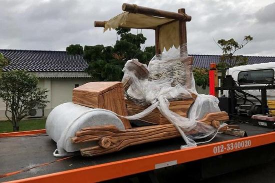 Fred Flintstone's car