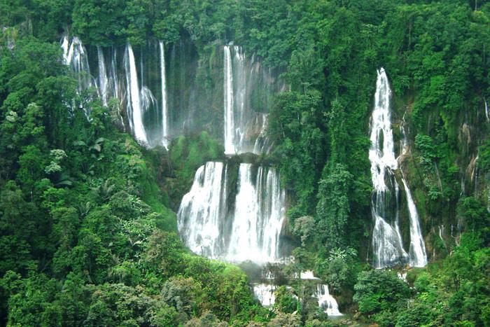 """แอ่วอุ้มผาง...พิชิต""""ทีลอซู"""" ดูมิติใหม่""""ปิตุโกร"""" น้ำตกสูงที่สุดในเมืองไทย/ปิ่น บุตรี"""