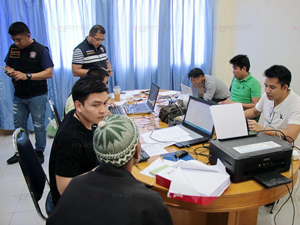 รวบแก๊งคอลเซ็นเตอร์ชาวมาเลย์ และชายไทยรับจ้างเปิดบัญชีหลอกเงินแม่ค้าสูญนับแสน