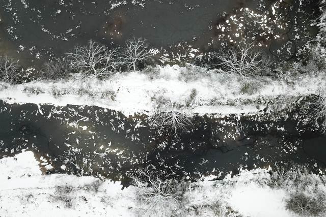 ทิวทัศน์ฤดูหนาวในอุทยานพื้นที่ชุ่มน้ำซีซี เมืองหังโจว มณฑลเจ้อเจียง ภาพ 28 ม.ค. (ภาพ ซินหวา)