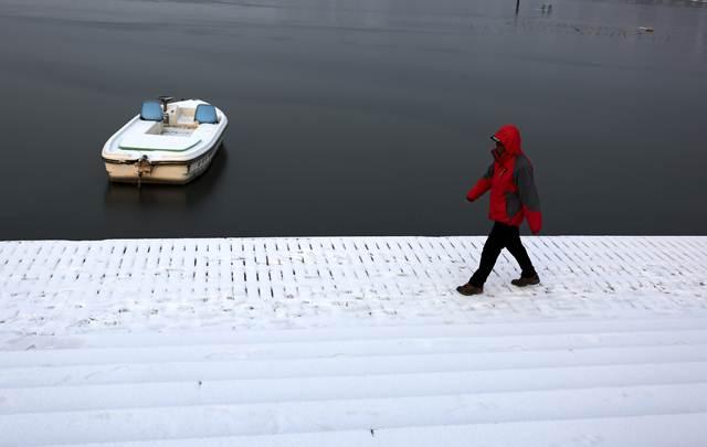 สวนทะเลสาบต้งหู เจ้าจวง เจ้าจวง มณฑลซันตง วันที่ 28 ม.ค. (ภาพ ซินหวา)