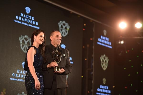 บียอน รีสอร์ท เขาหลัก คว้ารางวัลอันทรงเกียรติจากHaute Grandeur Global Hotel and Spa Awards 2017
