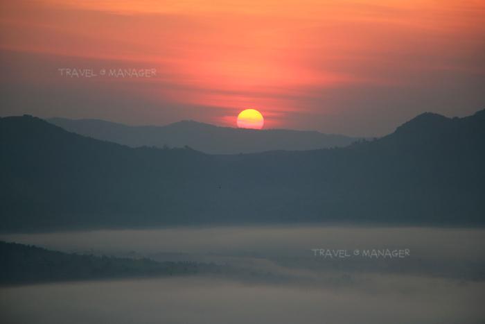 พระอาทิตย์ขึ้นที่ภูทอก เชียงคาน