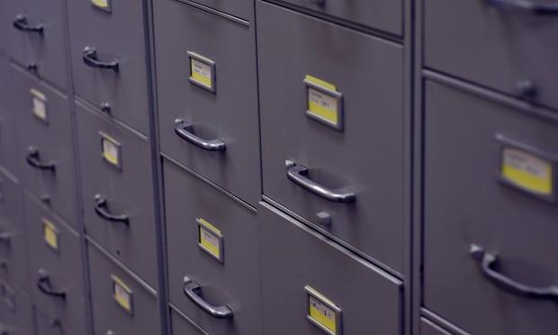 เอกสารลับของรัฐบาลออสเตรเลียถูกพบในตู้เก่าที่ร้านขายของมือสอง