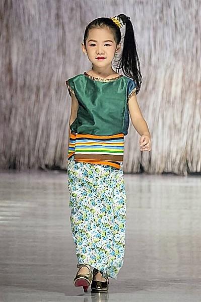 สุดเจ๋ง .. เด็กไทยรุ่นใหม่ ตบเท้าเข้าร่วมงาน ประวัติศาสตร์ บันทึกสถิติใหม่ของโลก