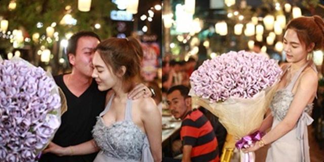 ดอกไม้เงินช่อใหญ่ สาวหอบเซอร์ไพรส์แฟนหนุ่มวันเกิด แห่แชร์กว่าหมื่นครั้ง!