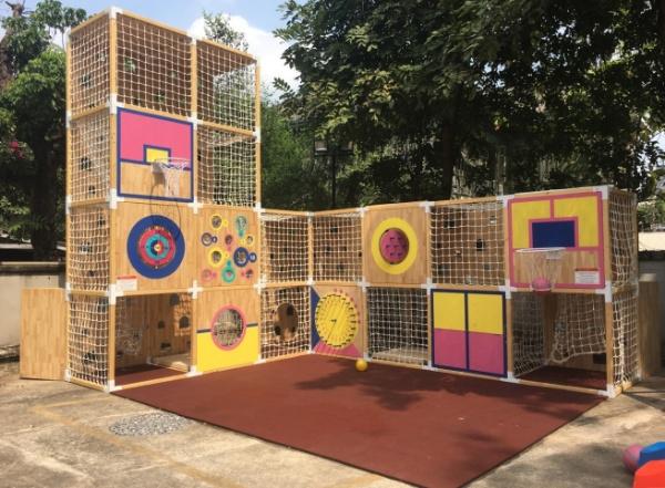 """""""Co-Playing playground""""บ้านไม้สุดเจ๋ง ช่วยดึงเด็กออกมาเล่นนอกบ้าน"""