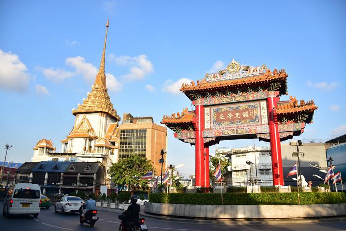 ซุ้มประตูเฉลิมพระเกียรติ สถานที่จัดงานและเปิดงานตรุษจีนเยาวราช