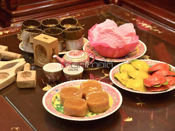 ชาวกันตังทำขนมมงคล 3 ชนิดอย่างพิถีพิถัน สำหรับใช้เซ่นไหว้ในเทศกาลตรุษจีน
