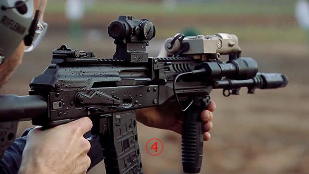 <br><FONT color=#00003>เป็นไรเฟิลยุคใหม่ แต่กำลังพลมีความคุ้นเคย เนื่องจากยังคงรูปลักษณ์ กับฟีเจอร์เด่นเดิมๆ ของ AK-74 กับ AKM เอาไว้ครบถ้วน.</b>