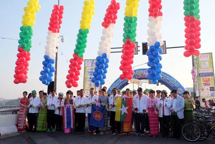 """ปั่นข้ามประเทศ เที่ยวแม่สอด-เมียวดี """"มหกรรมปั่นจักรยานมิตรภาพไทย-เมียนมา 2018 ครั้งที่ 19"""""""