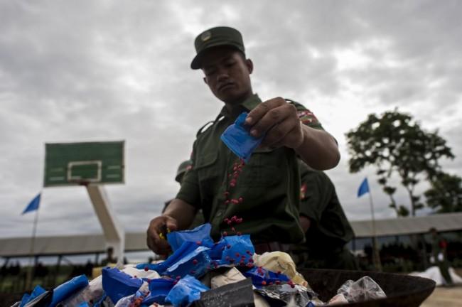 ทหารพม่าบุกแหล่งผลิตยาเสพติดในรัฐชาน ยึดยาไอซ์กว่า 200 กก.
