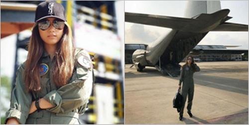 """อย่างเท่!! """"เพลง ชนม์ทิดา"""" ในชุดว่าที่นักบินหญิง"""