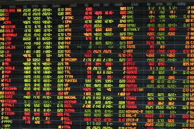 นักลงทุนขายลดความเสี่ยงก่อนตลาดปิดทำการฯ แรงขาย PTT กดดัชนีฯ