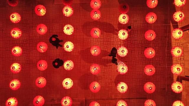 ชมโคมไฟแห่งเทศกาล 'หยวนเซียว'