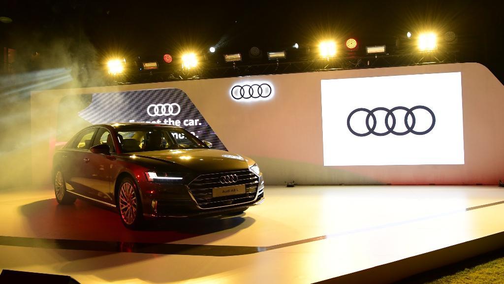 อาวดี้ เผยรถคันแรกของปี Audi A8 L สนนราคา 6,799,000-7,999,000 บาท