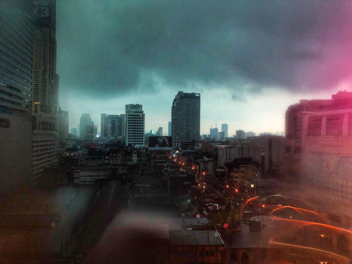 ภาพจากทวิตเตอร์ JS100radio