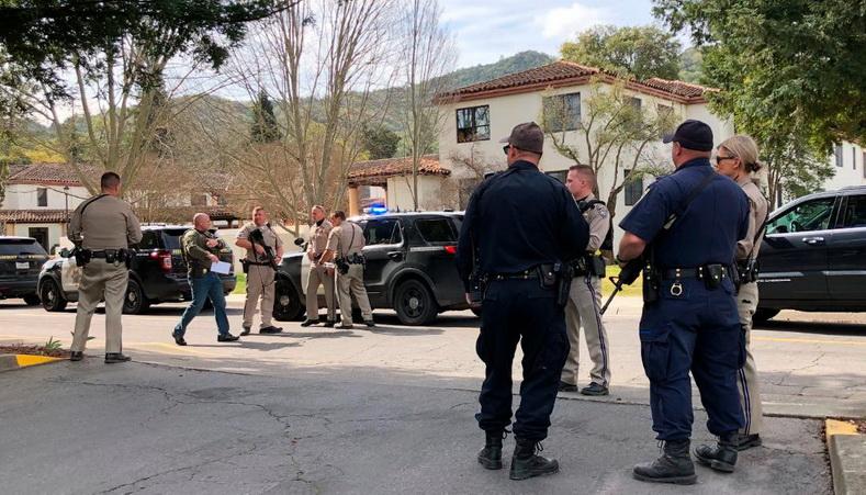 """ระทึก! มือปืนยิงตัวประกันดับ 3 ศพใน """"บ้านพักทหารผ่านศึก"""" แคลิฟอร์เนีย ก่อนปลิดชีพตัวเอง"""