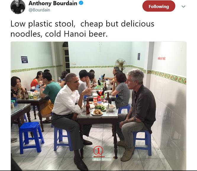 """ห้ามแตะ.. รำลึก """"โอบาม่า"""" ร้านอาหารฮานอยเก็บโต๊ะเคยนั่งในตู้กระจก"""