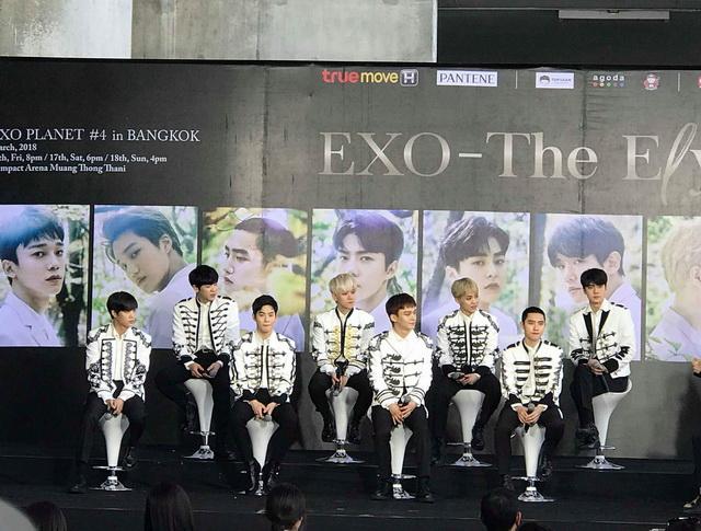 """""""EXO"""" บอกคิดถึงออเจ้า อ้อนอย่าชะม้ายชายตาให้ชายอื่นพร้อมจัดเต็มคอนเสิร์ต 3 รอบ!"""