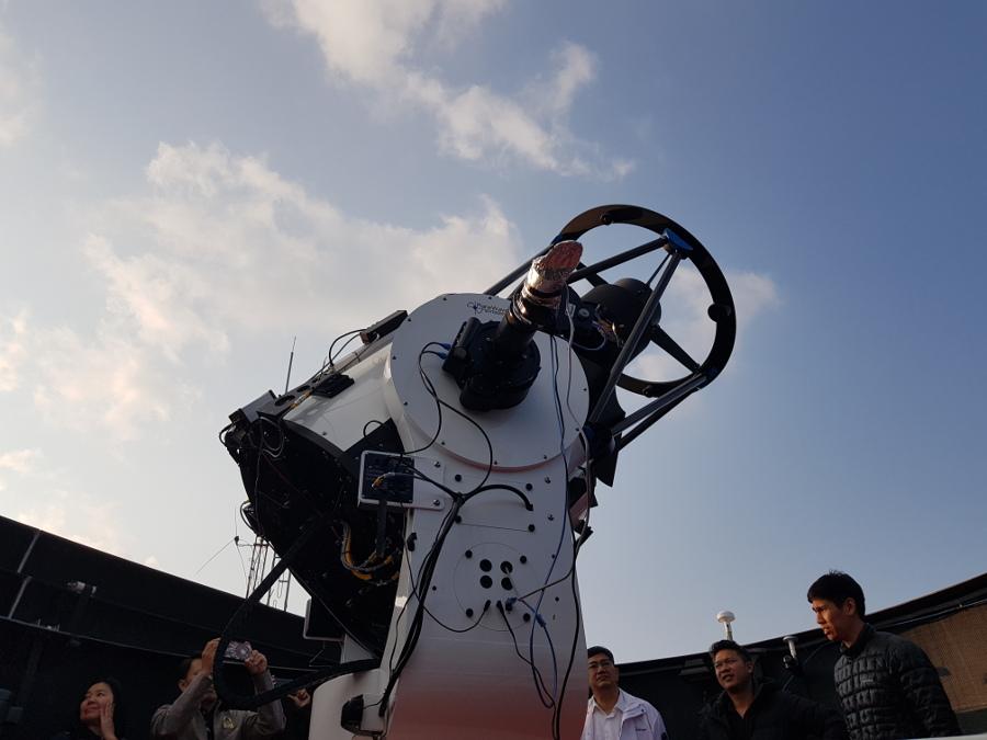 """""""เทียนกง-1"""" สถานีอวกาศจีนรอวันตก บททดสอบการจัดการขยะอวกาศ"""