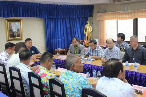 ที่ปรึกษาเลขาฯ EEC ลงพื้นที่เกาะสีชัง เล็งพัฒนาเป็นแหล่งท่องเที่ยว-การศึกษากลุ่มอาชีพ