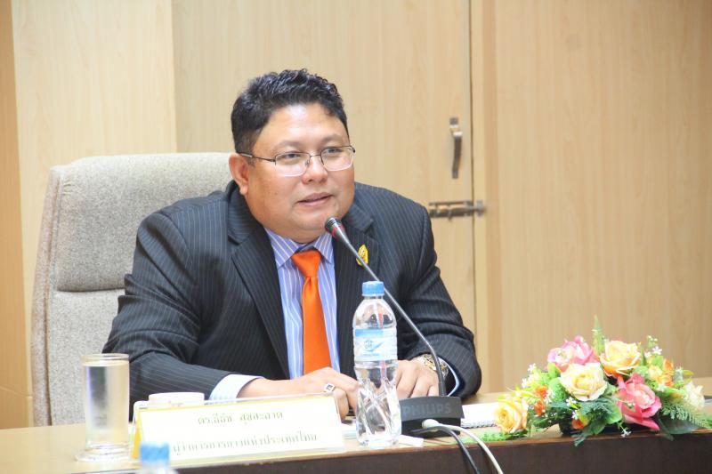 นายธีธัช สุขสะอาด ผู้ว่าการการยางแห่งประเทศไทย (ภาพจาก http://www.raot.co.th)