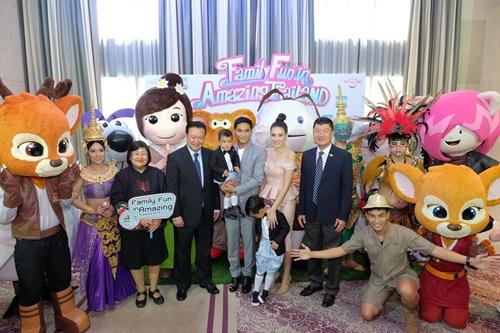 """""""ป๋อ-เอ๋"""" ชวนเที่ยวไทยกระชับความสัมพันธ์ภายในครอบครัว ไปกับโครงการ """"Family Fun in Amazing Thailand"""""""