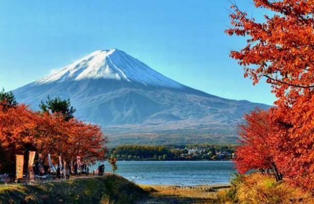 ญี่ปุ่นเตรียมจำกัดจำนวนนักท่องเที่ยวปีนภูเขาไฟฟูจิ