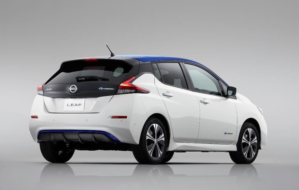 นิสสันโชว์ นิสสัน ลีฟ รถยนต์พลังงานไฟฟ้ารุ่นใหม่
