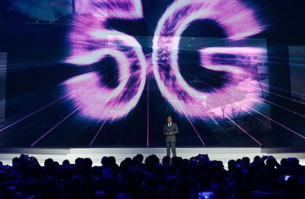 ก้าวสู่ยุคใหม่!  จีนเตรียมออกใบอนุญาตเครือข่าย 5G ปีหน้า เชื่อมต่อข้อมูลได้เร็วดั่งใจ