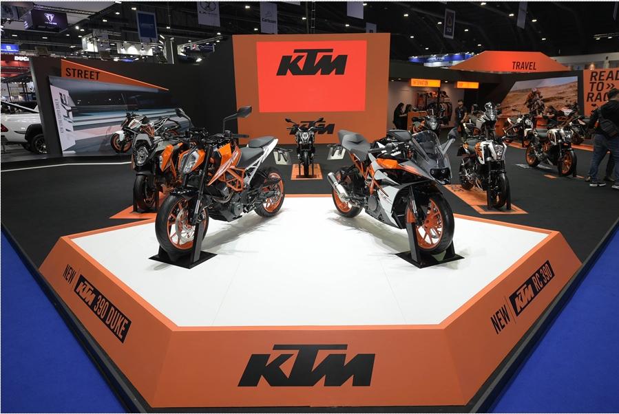 """เคทีเอ็ม เผยโฉมปีศาจสีส้ม """"KTM 1290 SUPER DUKE R"""""""