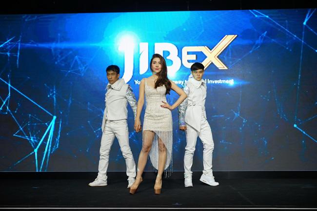 """""""วุ้นเส้น"""" จับเทรนด์ใหม่ บุกงานเปิดตัวเว็บไซต์ JIBEX อัพเดทการลงทุนสกุลเงินดิจิทัล"""