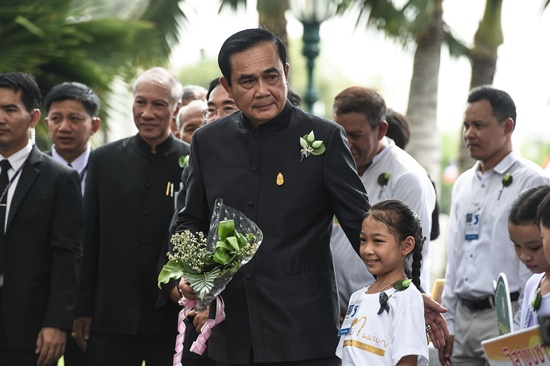 Thailands junta will lift a near four-year ban on political activity in June, an official said Friday, as space for debate slowly expands in the kingdom with polls promised for next year. -- Photo: AFP