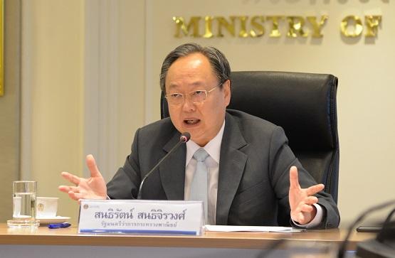 """""""พาณิชย์"""" รับลูก """"สมคิด"""" ลดค่าครองชีพคนไทย เล็งจัดลดราคาสินค้าในร้านค้าธงฟ้าประชารัฐ"""