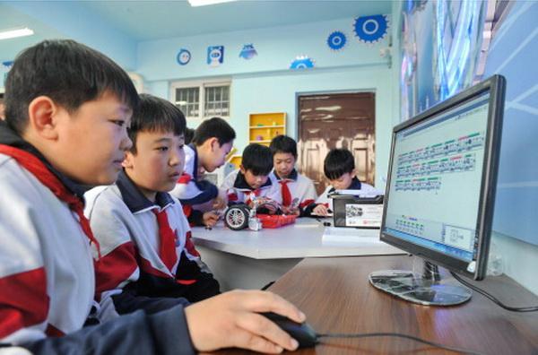 รัฐบาลจีนเปิดปฏิบัติการกวาดล้างคลิปการ์ตูนที่ไม่เหมาะสมกับเยาวชน (ภาพซินหวา สื่อทางการจีน)