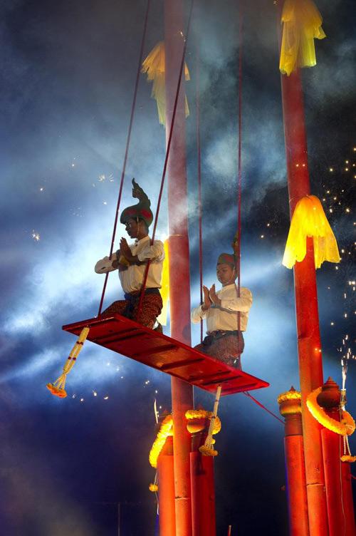 เทศกาลมหาสงกรานต์แห่นางดานเมืองนครศรีธรรมราช(ภาพ : ททท.)