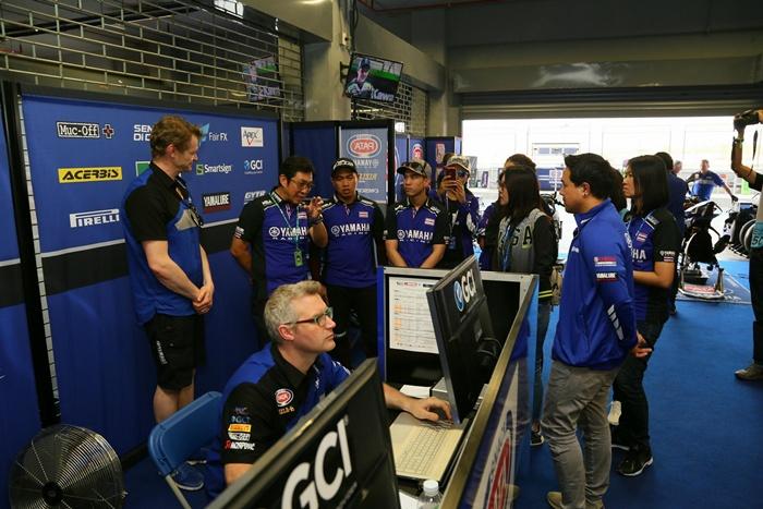 เอ็กซ์คูลซีฟสุดๆ พาชมหลังบ้านทีมแข่ง PATA Yamaha Official WorldSBK