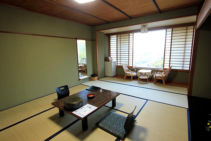 ห้องพักแบบญี่ปุ่น ที่โรงแรม Yamamura Bekkan
