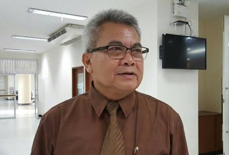 นายมนัส โกศล ประธานสภาองค์การลูกจ้างพัฒนาแรงงานแห่งประเทศไทย