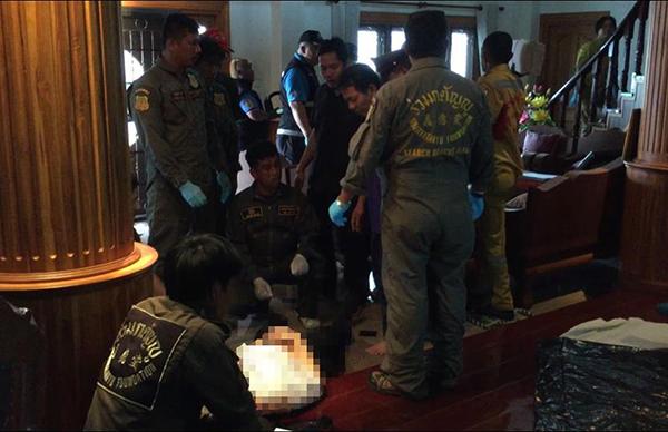 น้องชายควง .38 บุกกระหน่ำยิงพี่ชาย-พี่สะใภ้ดับในบ้านหรูย่านบางบัวทอง ก่อนฆ่าตัวตายตาม