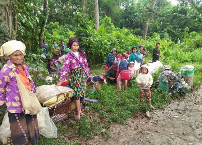 ชาวกะฉิ่นติดกลางป่ากว่า 2,000 ชีวิต หลบภัยต่อสู้ระหว่างทหารพม่า-กลุ่มติดอาวุธ